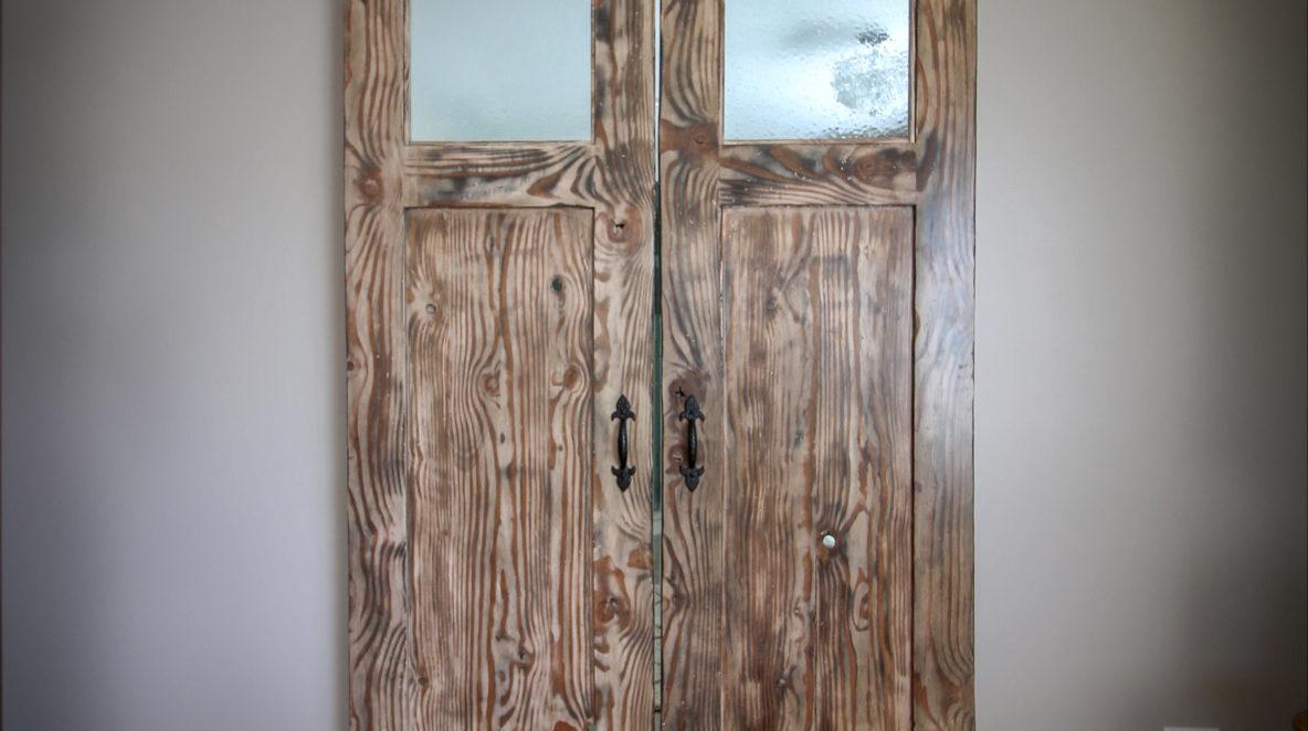 Custom Barn Doors with Amazing Wood Grains